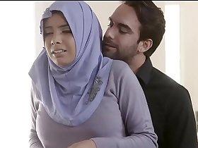 Indian College Muslim Girl Sex With Boyfriend - Muslim Girl Sex With Hindu Boyfriend
