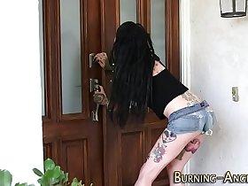 Tattooed goth slut sucks